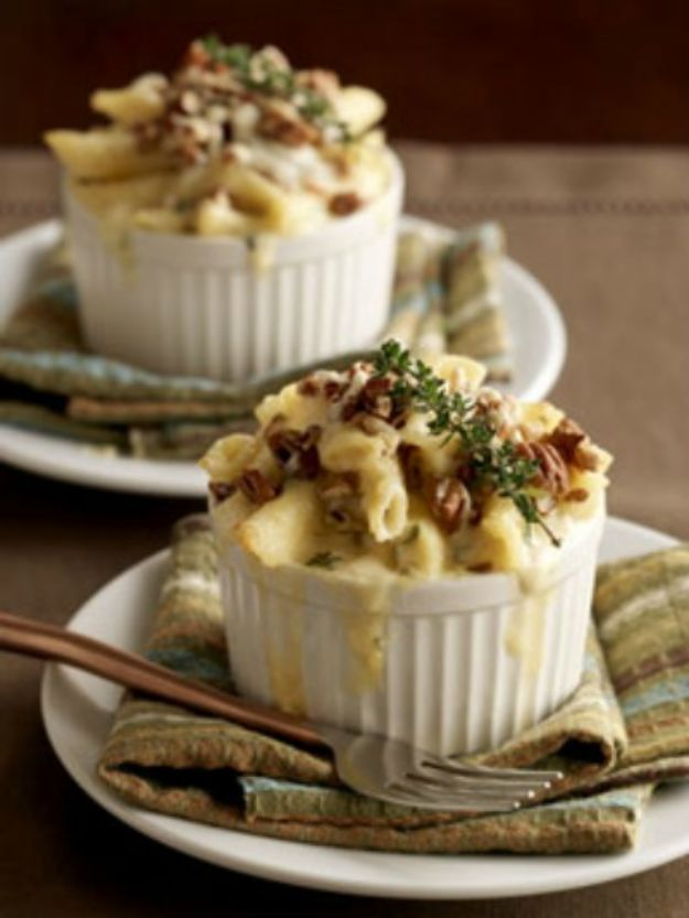 Macaroni and Cheese Recipes - Bacon and Black Truffle Macaroni and Cheese - Best Mac and Cheese Recipe - Baked, Crockpot, Stovetop and Easy, Quick Variations - Homemade, Creamy Sauce - Pioneer Woman Favorites - Velveets Cheddar and 3 Cheese Bacon, Breadcrumbs