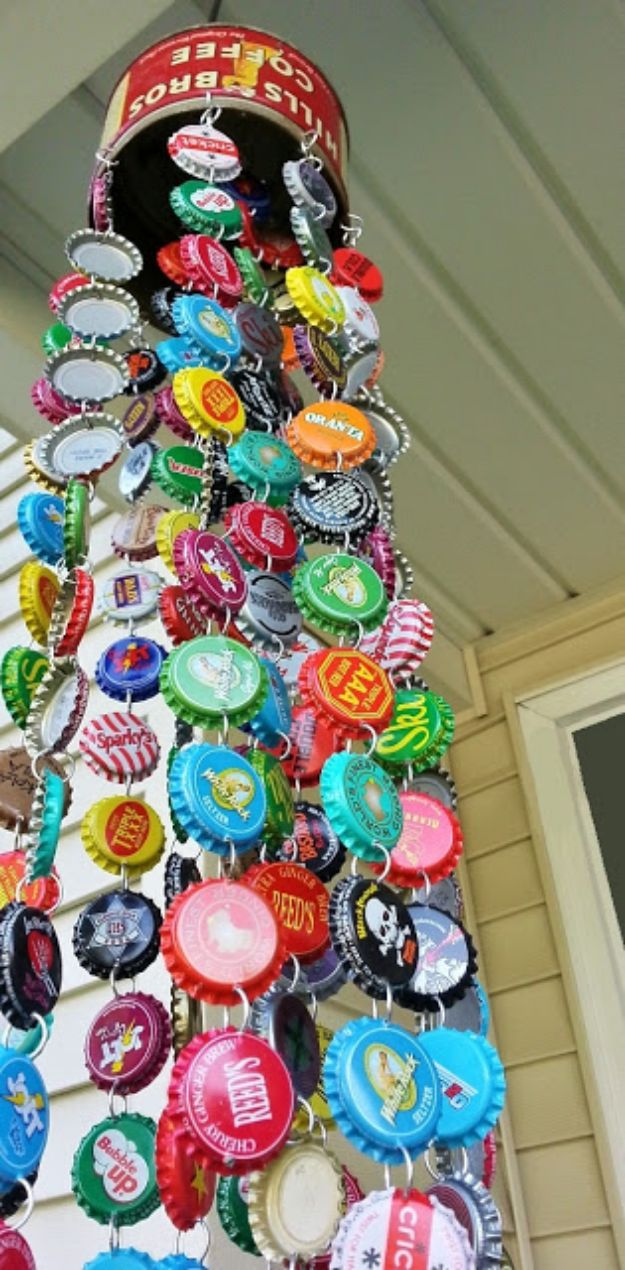DIY Bottle Cap Crafts - Bottle Cap Chime - Make Jewelry Projects, Creative Craft Ideas, Gift Ideas for Men, Women and Kids, KeyChains and Christmas Ornaments, Presents http://diyjoy.com/diy-projects-bottle-caps