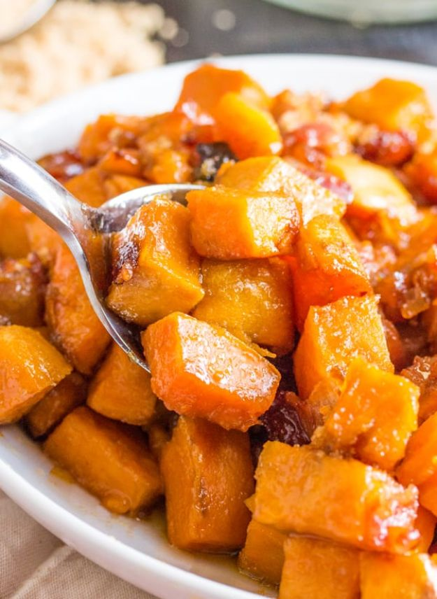 Sweet Potato Recipes - Brown Sugar Bacon Roasted Sweet Potatoes - Easy Recipe Ideas for Sweet Potatoes in the Crockpot, Casserole Dishes, Baked, Mashed, Candied and Roastedd - Healthy Versions of Sweet Potatoes for Thanksgiving - Dinner, Lunch and Side Dishes #recipes