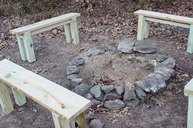 DIY Firepits - Build a Secret Backyard Fire Pit - Step by Step Tutorial for Raised Firepit , In Ground, Portable, Brick, Stone, Metal and Cinder Block Outdoor Fireplace #outdoors #diy