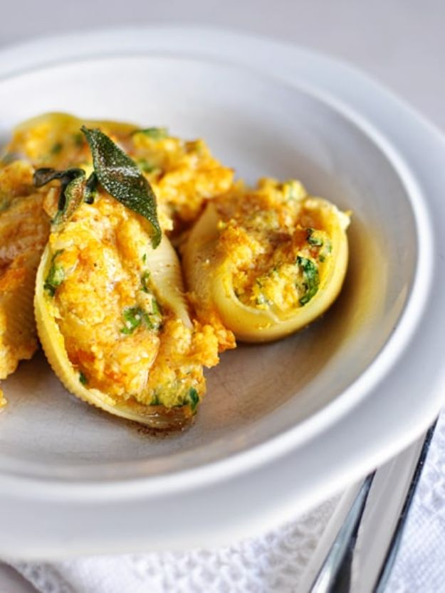 Butternut Squash Recipes - Butternut Squash Stuffed Shells - Healthy and Hearty Butter Nut Recipe Ideas for Soup, Roasted, Baked, Instant Pot, Crockpot, Mashed- Pasta, Salad, Dessert and Easy Side Dishes - Paleo,and Gluten Free Versions, Thanksgiving Favorites http://diyjoy.com/butternut-squash-recipes