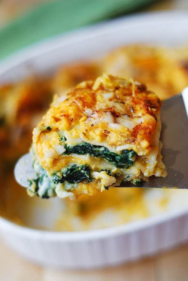 Butternut Squash Recipes - Butternut Squash and Spinach Lasagna - Healthy and Hearty Butter Nut Recipe Ideas for Soup, Roasted, Baked, Instant Pot, Crockpot, Mashed- Pasta, Salad, Dessert and Easy Side Dishes - Paleo,and Gluten Free Versions, Thanksgiving Favorites http://diyjoy.com/butternut-squash-recipes