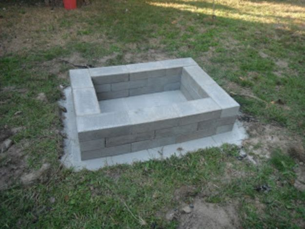 DIY Firepits - Cement Block Square Fire Pit - Step by Step Tutorial for Raised Firepit , In Ground, Portable, Brick, Stone, Metal and Cinder Block Outdoor Fireplace #outdoors #diy