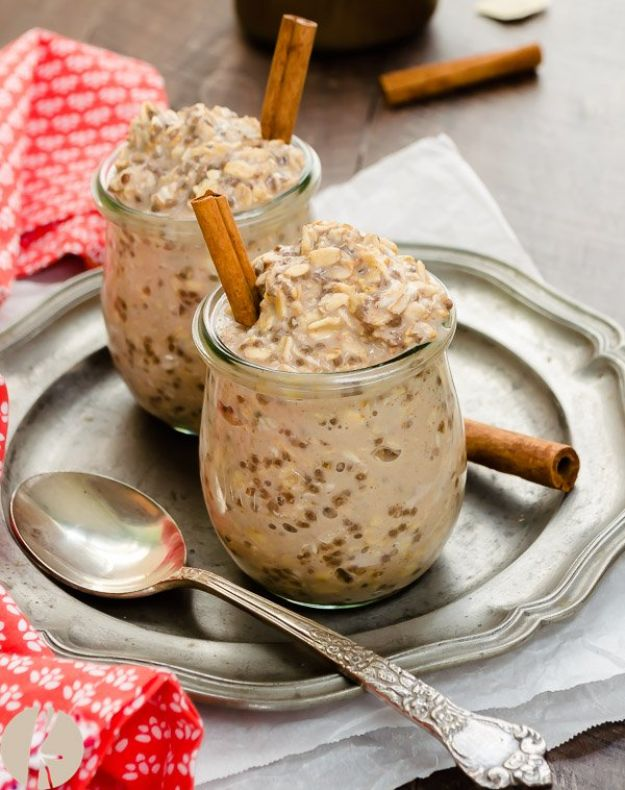 Overnight Oats Recipes - Chai Spiced Chia Overnight Oats - Easy Breakfast Recipe Idea - Healthy Fruit to Add Blueberry, Banana, Strawberry and Pineapple, Apple Cinnamon - Brunch Ideas and Kids Breakfasts http://diyjoy.com/overnight-oats-recipes