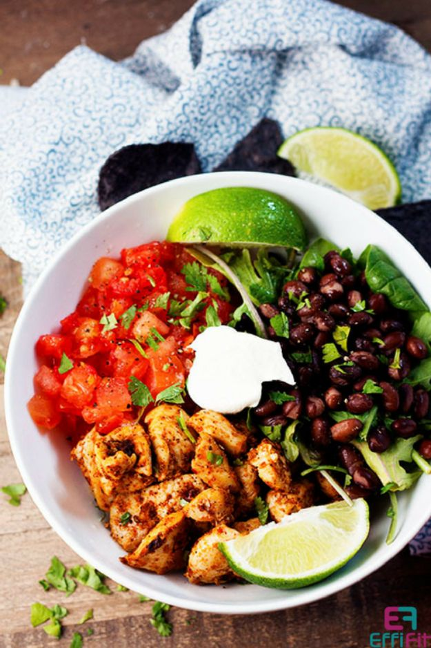 Meal Prep Ideas - Chipotle Chicken Bowl - Recipes and Planning Tips for Making a Week of Meals - Easy, Healthy Recipe Ideas to Make Ahead - Weeknight Dinners Lunches  #mealprep #dinnerideas