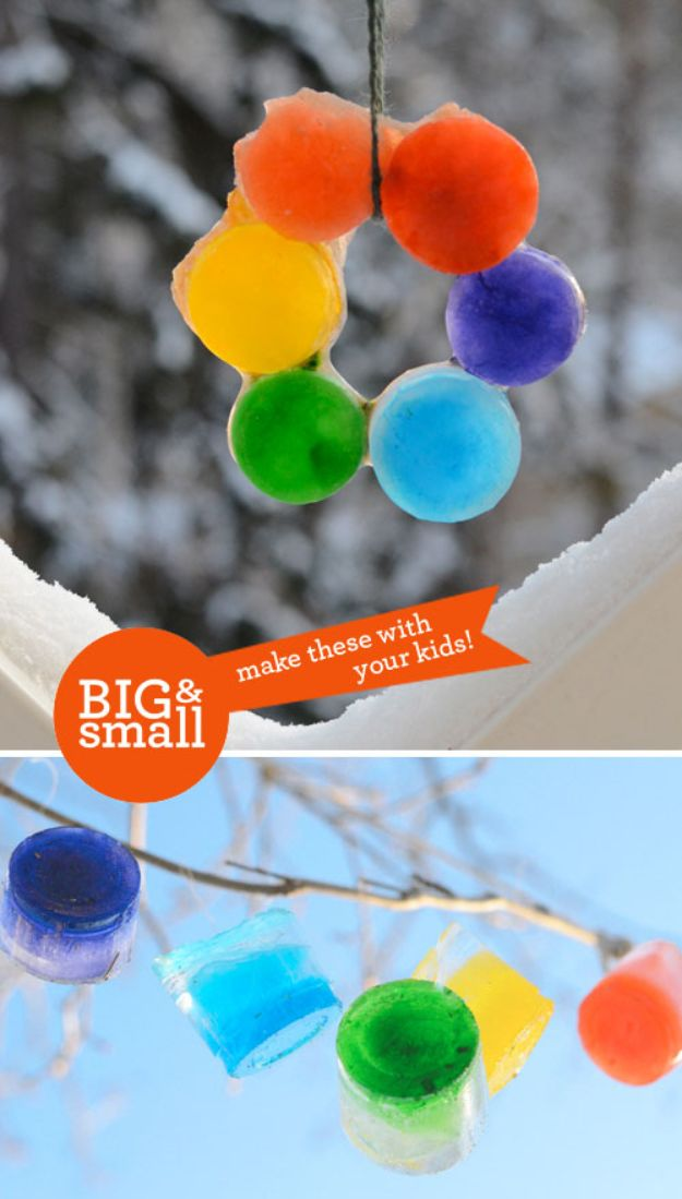 Winter Crafts for Toddlers and Kids - Colored Ice Ornaments - Easy Art Projects and Craft Ideas for 2 Year Olds, Preschool Age Children - Simple Indoor Activities, Things To Make At Home in Wintertime - Snow, Snowflake and Icicle, Snowmen - Classroom Art Projects #kidscrafts #craftsforkids #winters