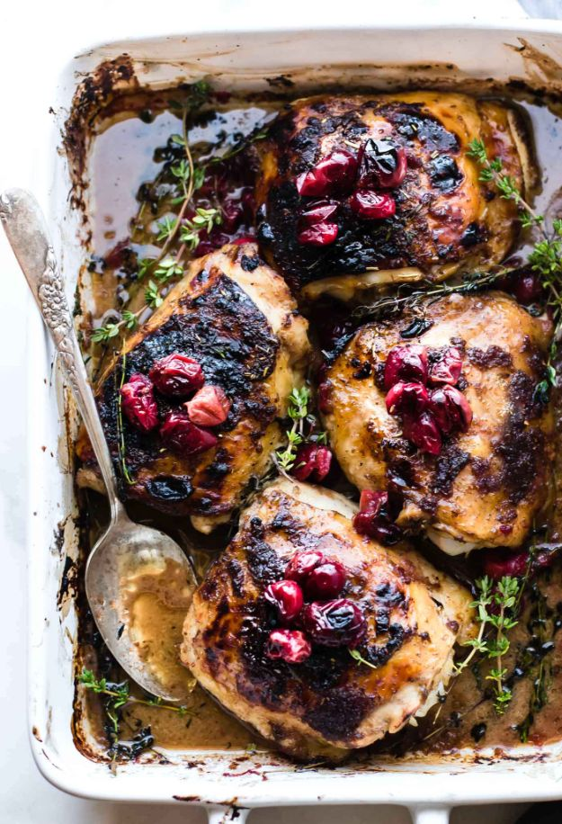 Meal Prep Ideas - Cranberry Balsamic Roasted Chicken - Recipes and Planning Tips for Making a Week of Meals - Easy, Healthy Recipe Ideas to Make Ahead - Weeknight Dinners Lunches  #mealprep #dinnerideas