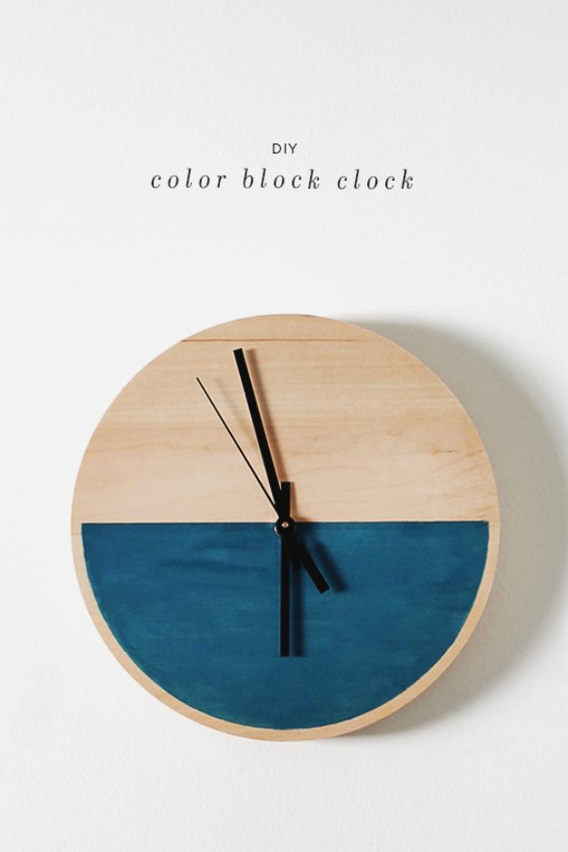 Cheap Last Minute Gifts DIY - DIY Color Block Clock - Inexpensive DIY Gift Ideas To Make On A Budget - Homemade Christmas and Birthday Presents to Make For Mom, Dad, Daughter & Son, Kids, Friends and Family - Cool and Creative Crafts, Home Decor and Accessories, Fun Gadgets and Phone Stuff - Quick Gifts From Dollar Tree Items #diygifts #cheapgifts #christmasgifts