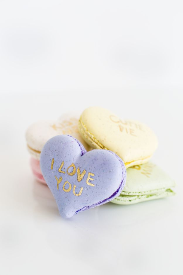 DIY anniversary Gifts - DIY Conversation Hearts Macarons - Homemade, Handmade Gift Ideas for Wedding Anniversaries - Cool, Easy and inexpensive Gifts To Make for Husband or Wife #anniverary #diy #gifts