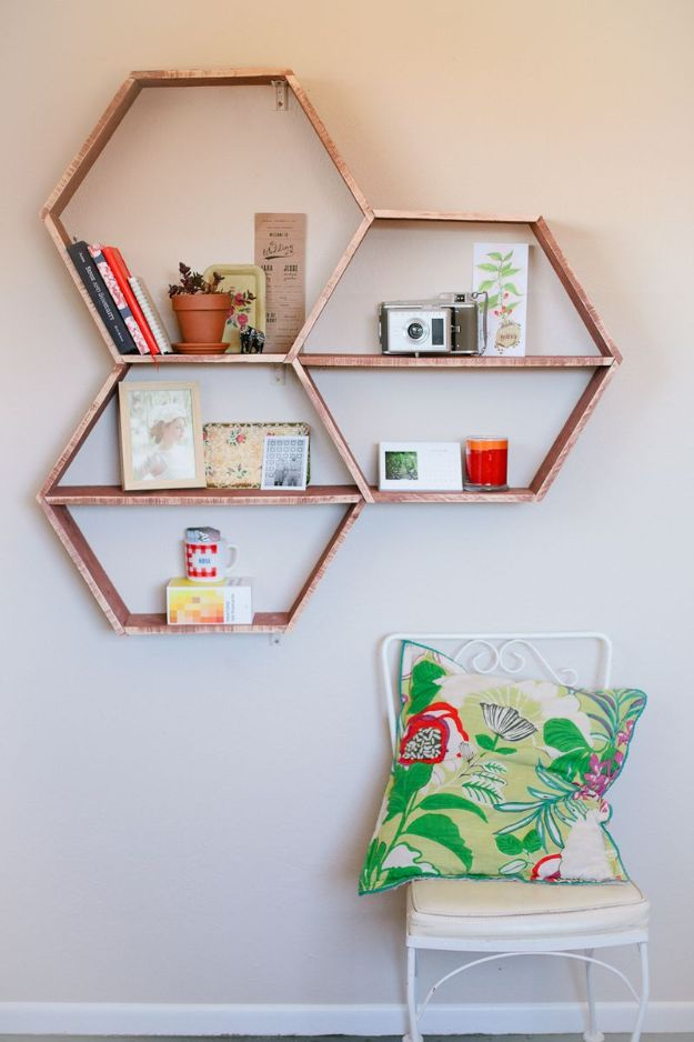 Cheap DIY Living Room Decor Ideas - DIY Honeycomb Shelves - Cool Modern, Rustic Creative Farmhouse Home Decor On A Budget - Do It Yourself Coffee Tables, Wall Art, Rugs, Pillows and Chairs. Step by Step Tutorials and Instructions #diydecor #livingroom #decorideas