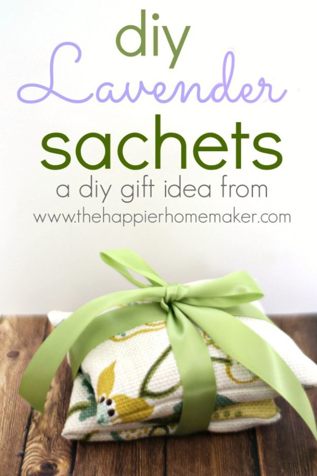 Cheap Last Minute Gifts DIY - DIY Lavender Sachets - Inexpensive DIY Gift Ideas To Make On A Budget - Homemade Christmas and Birthday Presents to Make For Mom, Dad, Daughter & Son, Kids, Friends and Family - Cool and Creative Crafts, Home Decor and Accessories, Fun Gadgets and Phone Stuff - Quick Gifts From Dollar Tree Items #diygifts #cheapgifts #christmasgifts