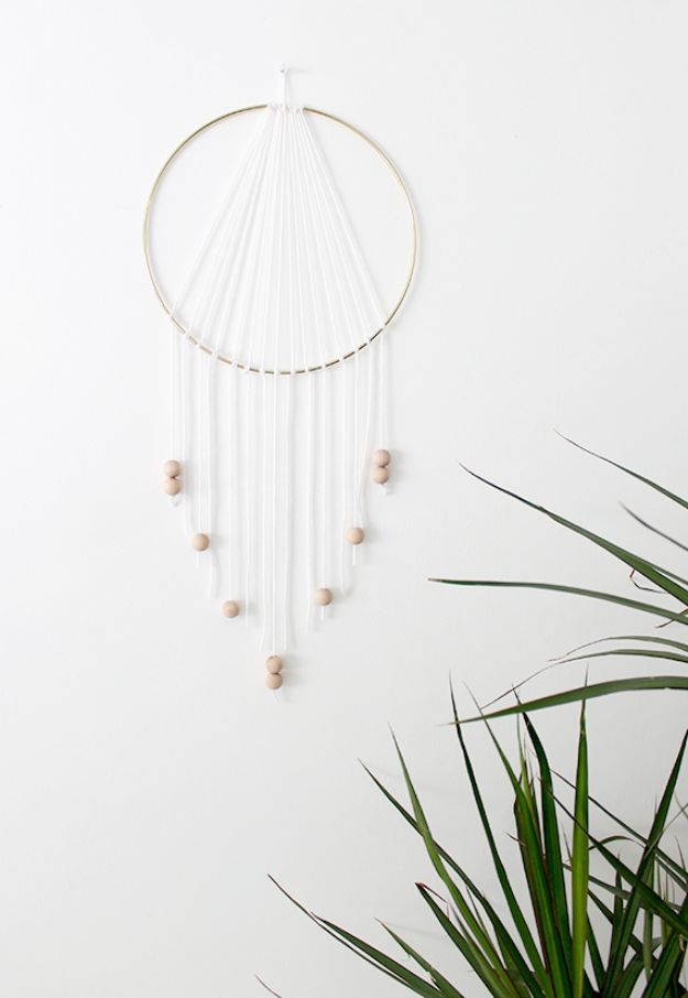Cheap DIY Living Room Decor Ideas - DIY Modern Dreamcatcher - Cool Modern, Rustic Creative Farmhouse Home Decor On A Budget - Do It Yourself Coffee Tables, Wall Art, Rugs, Pillows and Chairs. Step by Step Tutorials and Instructions http://diyjoy.com/cheap-diy-living-room-decor