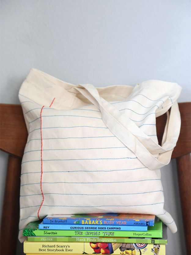 Cheap Last Minute Gifts DIY - DIY Notebook Tote - Inexpensive DIY Gift Ideas To Make On A Budget - Homemade Christmas and Birthday Presents to Make For Mom, Dad, Daughter & Son, Kids, Friends and Family - Cool and Creative Crafts, Home Decor and Accessories, Fun Gadgets and Phone Stuff - Quick Gifts From Dollar Tree Items #diygifts #cheapgifts #christmasgifts