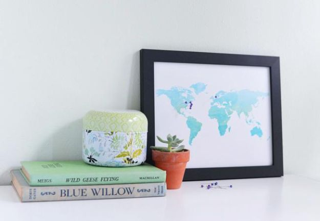 DIY anniversary Gifts - DIY Pinboard Travel Map for Your Anniversary - Homemade, Handmade Gift Ideas for Wedding Anniversaries - Cool, Easy and inexpensive Gifts To Make for Husband or Wife #anniverary #diy #gifts