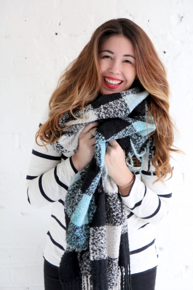 DIY Clothes for Winter - Dip Dye Scarf - Cool Fashion Ideas to Make for Cold Weather - Handmade Scarves, Hats, Coats, Gloves and Mittens, Sweaters and Wraps - Easy Sewing Tutorials and No Sew Items - Creative and Quick Homemade Gifts and Christmas Present Ideas http://diyjoy.com/diy-clothes-winter