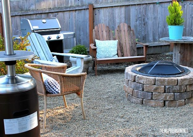 DIY Firepits - Easy DIY Firepit - Step by Step Tutorial for Raised Firepit , In Ground, Portable, Brick, Stone, Metal and Cinder Block Outdoor Fireplace #outdoors #diy