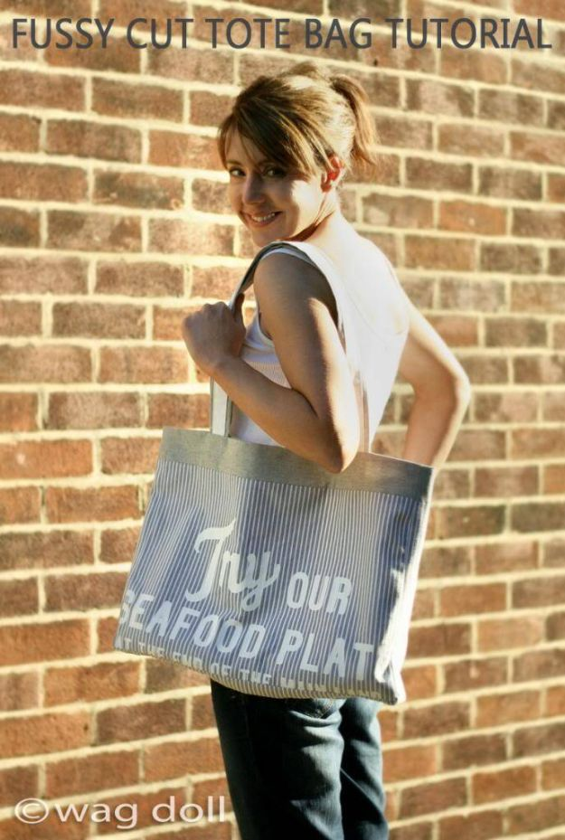 DIY Shopping Bags - Fussy Cut Tote Bag - Easy Drawstring Bag Tutorials - How To Make A Shopping Bag - Use Fabric Scraps, Old Denim Jeans, Upcycled Items - Cute Monogrammed Ideas, Painted Bags and Sewing Tutorials for Beginners http://diyjoy.com/diy-drawstring-bags