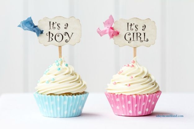 DIY Baby Shower Decorations - Gender Reveal Baby Shower - Cute and Easy Ways to Decorate for A Baby Shower Ideas in Pink and Blue for Boys and Girls- Games and Party Decor - Banners, Cake, Invitations and Favors http://diyjoy.com/diy-baby-shower-decorations