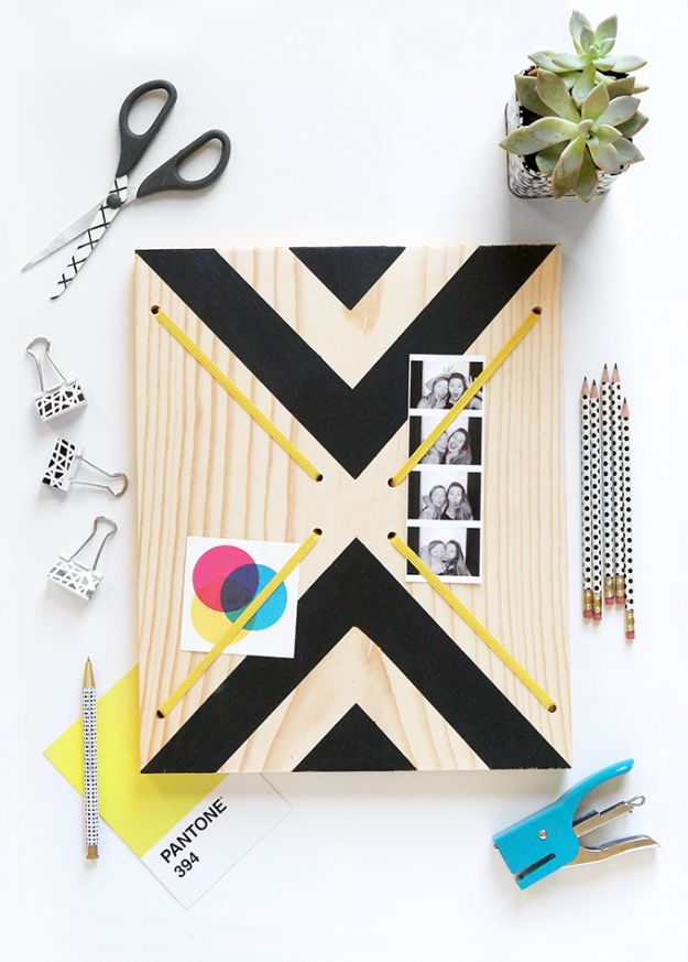 Cheap Last Minute Gifts DIY - Graphic Print Memo Board - Inexpensive DIY Gift Ideas To Make On A Budget - Homemade Christmas and Birthday Presents to Make For Mom, Dad, Daughter & Son, Kids, Friends and Family - Cool and Creative Crafts, Home Decor and Accessories, Fun Gadgets and Phone Stuff - Quick Gifts From Dollar Tree Items #diygifts #cheapgifts #christmasgifts