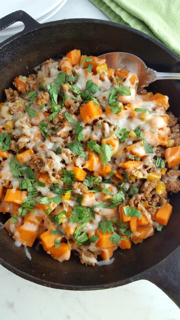 Ground Turkey Recipes - Ground Turkey Sweet Potato Skillet - Healthy and Easy Turkey Recipe Ideas for Dinner, Lunch, Snack - Quick Crockpot and Instant Pot, Casserole, Meatballs, Pasta and Burgers - Keto Friendly and Low Carb, Paleo, Gluten Free http://diyjoy.com/ground-turkey-recipes