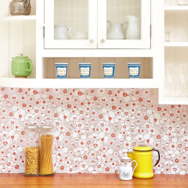 Wallpaper Tips and Tricks - Instant Backsplash - Easy DIY Wallpapering Tutorials - How to Hang Wall Paper for Beginners - Step by Step Instructions and Cool Hacks for Hanging Wall Papers http://diyjoy.com/wallpaper-tips-tricks