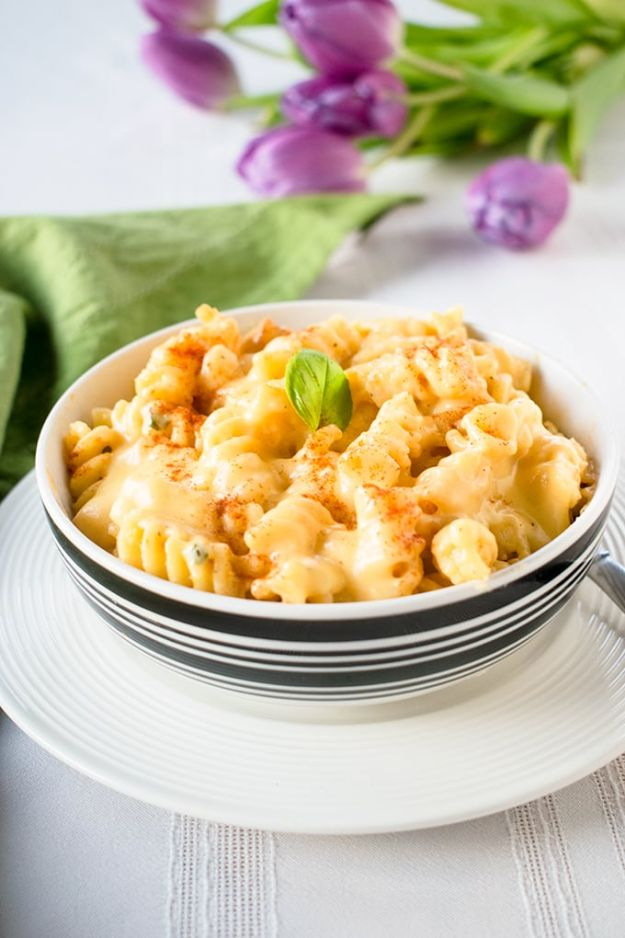 Macaroni and Cheese Recipes - Italian Mac and Cheese - Best Mac and Cheese Recipe - Baked, Crockpot, Stovetop and Easy, Quick Variations - Homemade, Creamy Sauce - Pioneer Woman Favorites - Velveets Cheddar and 3 Cheese Bacon, Breadcrumbs