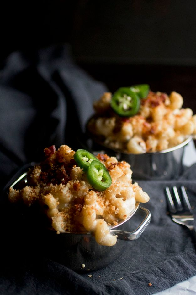 Macaroni and Cheese Recipes - Jalapeño Popper Mac and Cheese - Best Mac and Cheese Recipe - Baked, Crockpot, Stovetop and Easy, Quick Variations - Homemade, Creamy Sauce - Pioneer Woman Favorites - Velveets Cheddar and 3 Cheese Bacon, Breadcrumbs