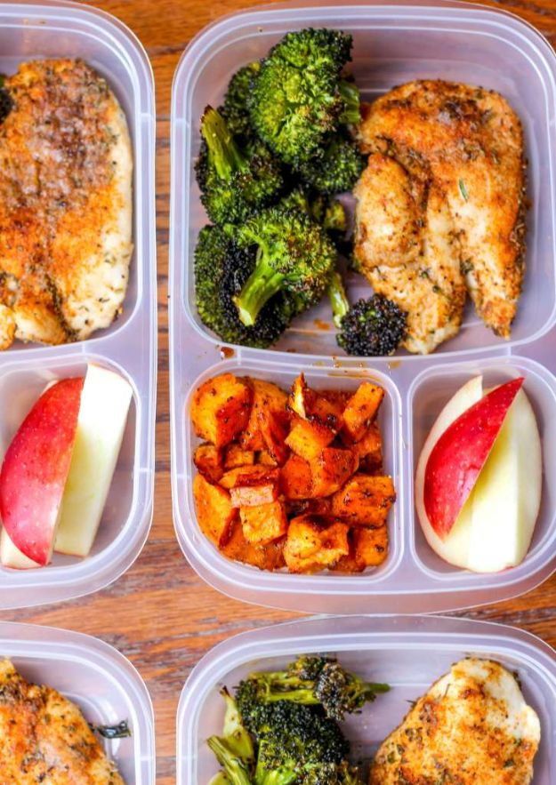 Meal Prep Ideas - Meal Prep Lunch Bowls With Spicy Chicken, Roasted Lemon Broccoli and Caramelized Sweet Potatoes - Recipes and Planning Tips for Making a Week of Meals - Easy, Healthy Recipe Ideas to Make Ahead - Weeknight Dinners Lunches  #mealprep #dinnerideas