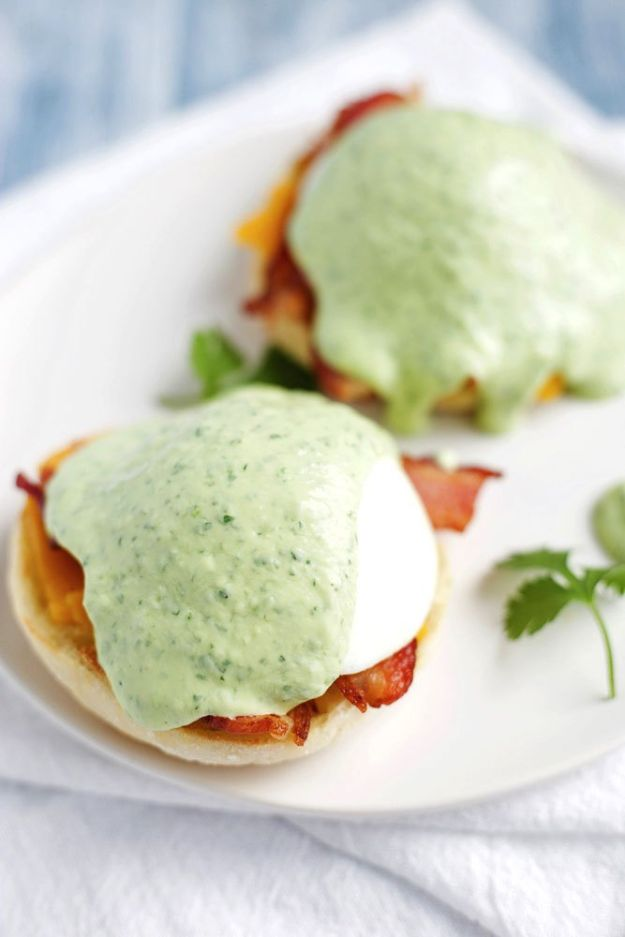 Eggs Benedict Recipes - Modern Eggs Benedict With Avocado Sauce - Best Benedicts and Recipe Ideas for Breakfast, Brunch and Lunch - Easy and Quick Eggs Benedict, Classic, Salmon, Vegetarian and Healthy Variations - How to Make Hollandaise Sauce - Pioneer Woman Favorites - Eggs Benedict Casserole for A Crowd http://diyjoy.com/eggs-benedict-recipes