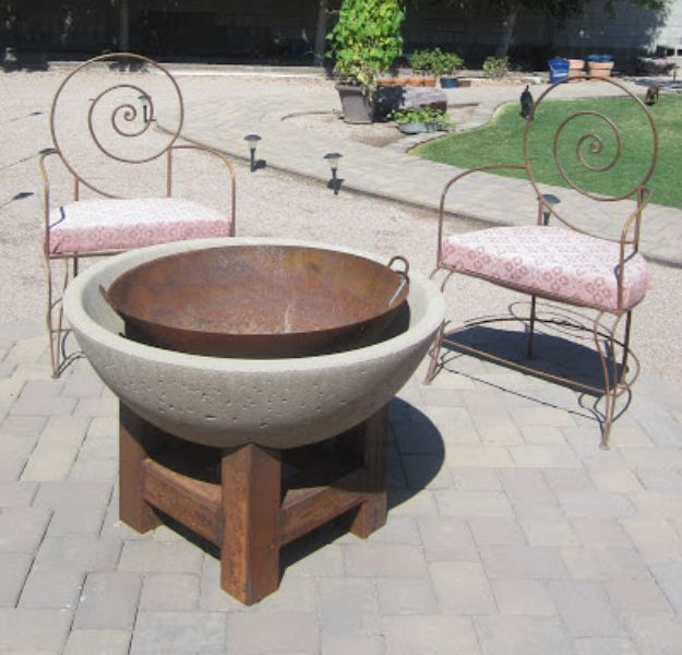 DIY Firepits - Modern Wood and Cement Fire Pit - Step by Step Tutorial for Raised Firepit , In Ground, Portable, Brick, Stone, Metal and Cinder Block Outdoor Fireplace #outdoors #diy