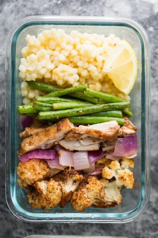 Meal Prep Ideas - Moroccan Couscous Meal Prep Bowls - Recipes and Planning Tips for Making a Week of Meals - Easy, Healthy Recipe Ideas to Make Ahead - Weeknight Dinners Lunches  #mealprep #dinnerideas