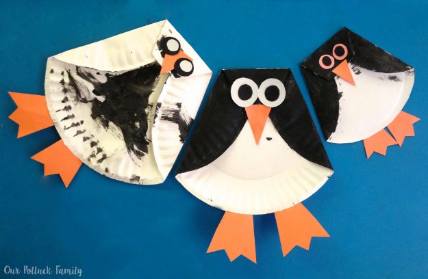 Winter Crafts for Toddlers and Kids - Paper Plate Penguin - Easy Art Projects and Craft Ideas for 2 Year Olds, Preschool Age Children - Simple Indoor Activities, Things To Make At Home in Wintertime - Snow, Snowflake and Icicle, Snowmen - Classroom Art Projects #kidscrafts #craftsforkids #winters