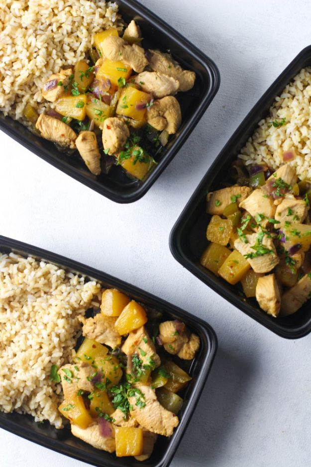 Meal Prep Ideas - Pineapple Chicken Meal Prep Bowls - Recipes and Planning Tips for Making a Week of Meals - Easy, Healthy Recipe Ideas to Make Ahead - Weeknight Dinners Lunches  #mealprep #dinnerideas