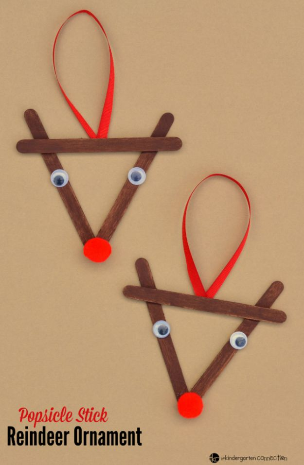 Winter Crafts for Toddlers and Kids - Popsicle Stick Reindeer - Easy Art Projects and Craft Ideas for 2 Year Olds, Preschool Age Children - Simple Indoor Activities, Things To Make At Home in Wintertime - Snow, Snowflake and Icicle, Snowmen - Classroom Art Projects #kidscrafts #craftsforkids #winters