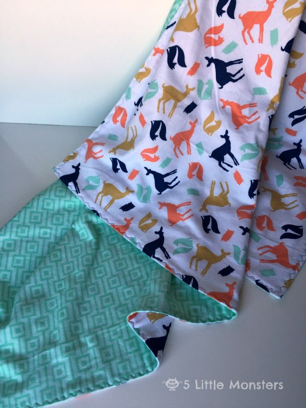 DIY Baby Blankets - Quick and Easy Baby Blanket - Easy No Sew Ideas for Minky Blankets, Quilt Tutorials, Crochet Projects, Blanket Projects for Boy and Girl - How To Make a Blanket By Hand With Fleece, Flannel, Knit and Fabric Scraps - Personalized and Monogrammed Ideas - Cute Cheap Gifts for Babies  #babygifts
