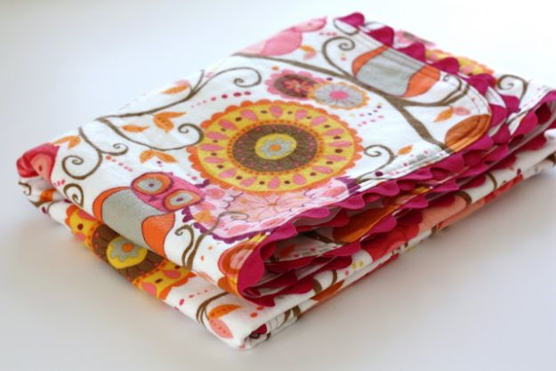DIY Baby Blankets - Ric Rac Receiving Blanket - Easy No Sew Ideas for Minky Blankets, Quilt Tutorials, Crochet Projects, Blanket Projects for Boy and Girl - How To Make a Blanket By Hand With Fleece, Flannel, Knit and Fabric Scraps - Personalized and Monogrammed Ideas - Cute Cheap Gifts for Babies  #babygifts