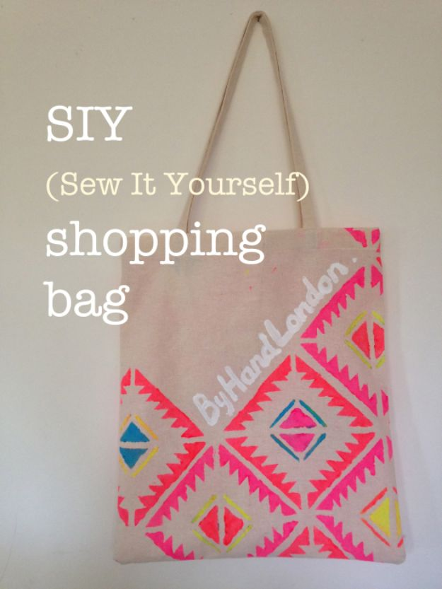 DIY Shopping Bags - Shopping Tote DIY - Easy Drawstring Bag Tutorials - How To Make A Shopping Bag - Use Fabric Scraps, Old Denim Jeans, Upcycled Items - Cute Monogrammed Ideas, Painted Bags and Sewing Tutorials for Beginners s
