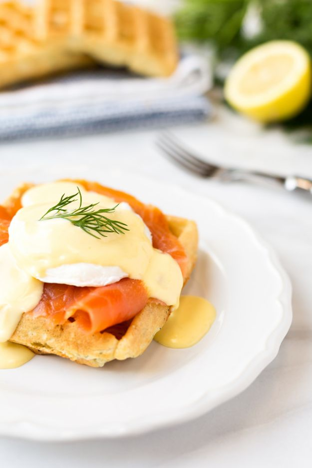 Eggs Benedict Recipes - Smoked Salmon Eggs Benedict - Best Benedicts and Recipe Ideas for Breakfast, Brunch and Lunch - Easy and Quick Eggs Benedict, Classic, Salmon, Vegetarian and Healthy Variations - How to Make Hollandaise Sauce - Pioneer Woman Favorites - Eggs Benedict Casserole for A Crowd http://diyjoy.com/eggs-benedict-recipes