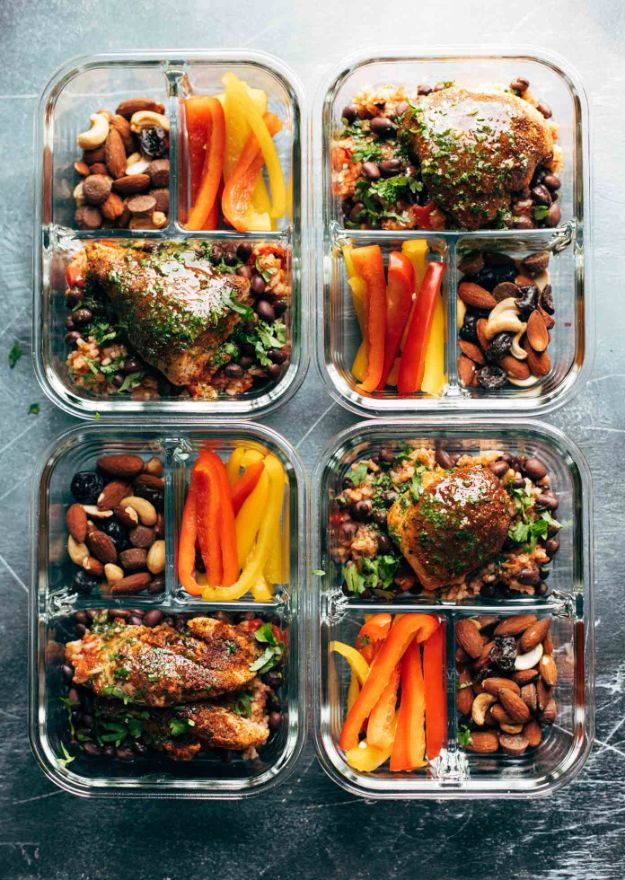 Meal Prep Ideas - Spicy Chicken Meal Prep - Recipes and Planning Tips for Making a Week of Meals - Easy, Healthy Recipe Ideas to Make Ahead - Weeknight Dinners Lunches - Crockpot Lunches, Slow Cooker Meals, Freeze Ahead