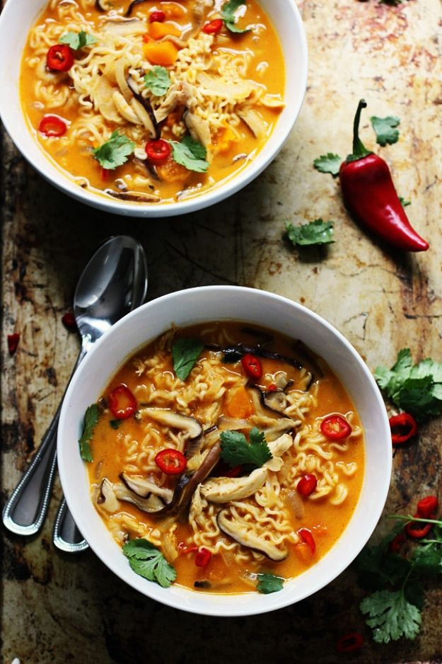 Butternut Squash Recipes - Spicy Thai-Style Pumpkin and Butternut Ramen - Healthy and Hearty Butter Nut Recipe Ideas for Soup, Roasted, Baked, Instant Pot, Crockpot, Mashed- Pasta, Salad, Dessert and Easy Side Dishes - Paleo,and Gluten Free Versions, Thanksgiving Favorites http://diyjoy.com/butternut-squash-recipes
