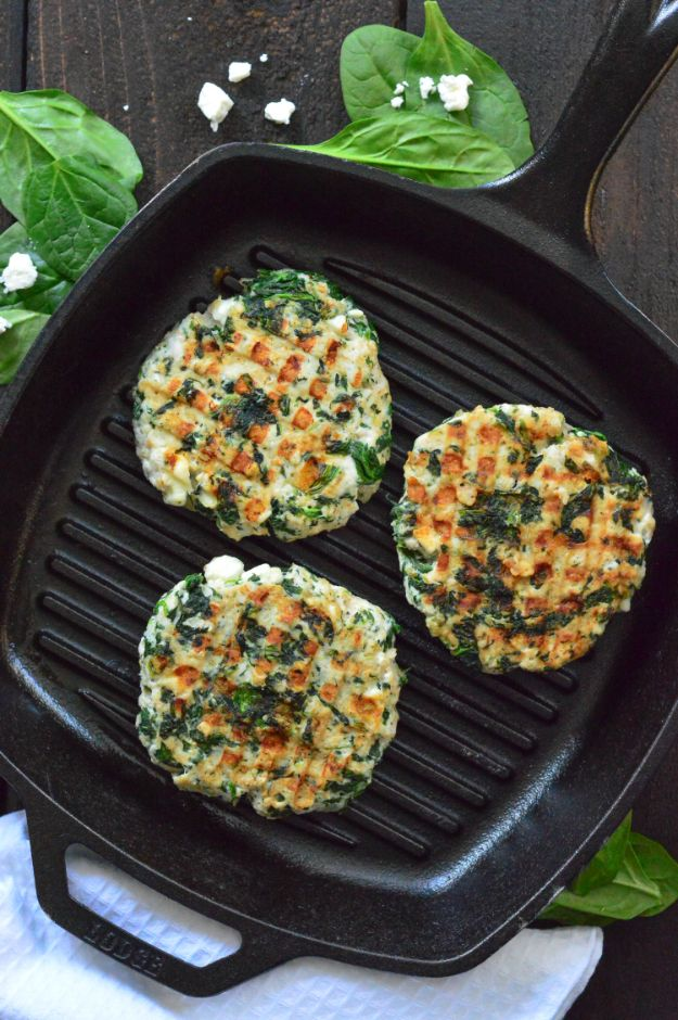 Ground Turkey Recipes - Spinach Feta Turkey Burgers - Healthy and Easy Turkey Recipe Ideas for Dinner, Lunch, Snack - Quick Crockpot and Instant Pot, Casserole, Meatballs, Pasta and Burgers - Keto Friendly and Low Carb, Paleo, Gluten Free http://diyjoy.com/ground-turkey-recipes