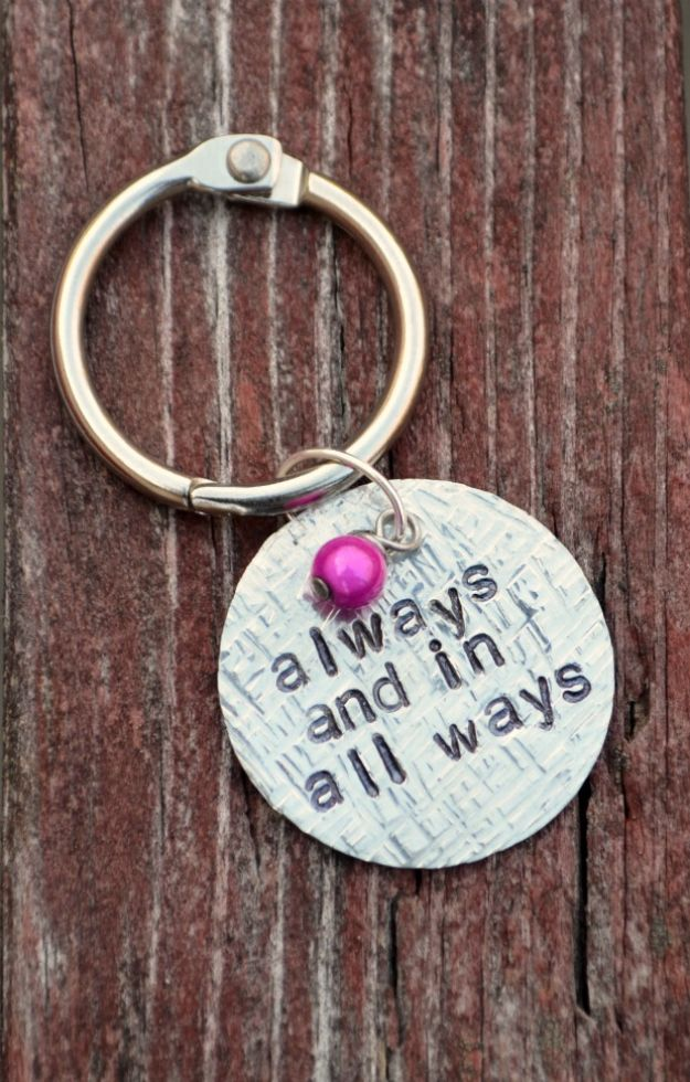 DIY Anniversary Gifts - Stamped Textured Keychain - Homemade, Handmade Gift Ideas for Wedding Anniversaries - Cool, Easy and inexpensive Gifts To Make for Husband or Wife #anniverary #diy #gifts