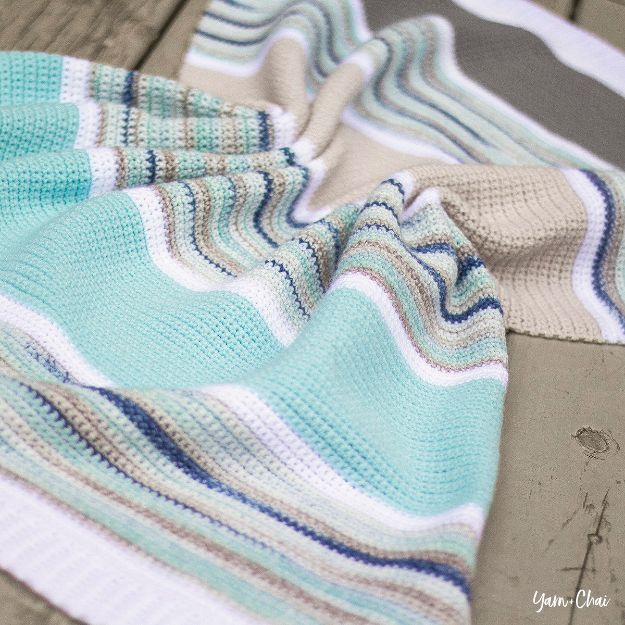 DIY Baby Blankets - Summer Boardwalk Baby Blanket - Easy No Sew Ideas for Minky Blankets, Quilt Tutorials, Crochet Projects, Blanket Projects for Boy and Girl - How To Make a Blanket By Hand With Fleece, Flannel, Knit and Fabric Scraps - Personalized and Monogrammed Ideas - Cute Cheap Gifts for Babies http://diyjoy.com/diy-baby-blankets