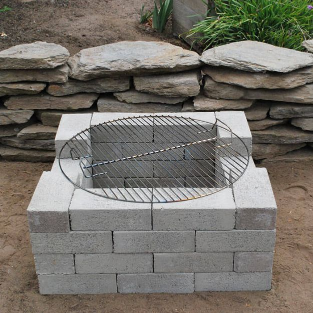 DIY Firepits - Super Easy Cinder Block Firepit - Step by Step Tutorial for Raised Firepit , In Ground, Portable, Brick, Stone, Metal and Cinder Block Outdoor Fireplace #outdoors #diy
