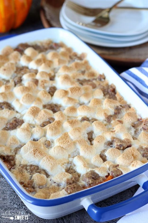 Sweet Potato Recipes - Sweet Potato Casserole with Marshmallows and Streusel - Easy Recipe Ideas for Sweet Potatoes in the Crockpot, Casserole Dishes, Baked, Mashed, Candied and Roastedd - Healthy Versions of Sweet Potatoes for Thanksgiving - Dinner, Lunch and Side Dishes #recipes