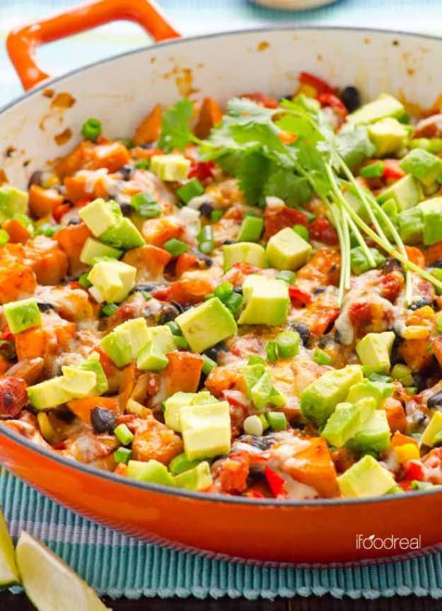 Sweet Potato Recipes - Sweet Potato Skillet Tex Mex Style - Easy Recipe Ideas for Sweet Potatoes in the Crockpot, Casserole Dishes, Baked, Mashed, Candied and Roastedd - Healthy Versions of Sweet Potatoes for Thanksgiving - Dinner, Lunch and Side Dishes http://diyjoy.com/sweet-potato-recipes