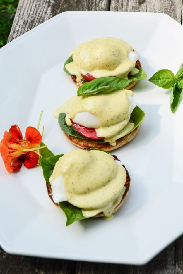 Eggs Benedict Recipes - Tomato Basil Eggs Benedict - Best Benedicts and Recipe Ideas for Breakfast, Brunch and Lunch - Easy and Quick Eggs Benedict, Classic, Salmon, Vegetarian and Healthy Variations - How to Make Hollandaise Sauce - Pioneer Woman Favorites - Eggs Benedict Casserole for A Crowd http://diyjoy.com/eggs-benedict-recipes