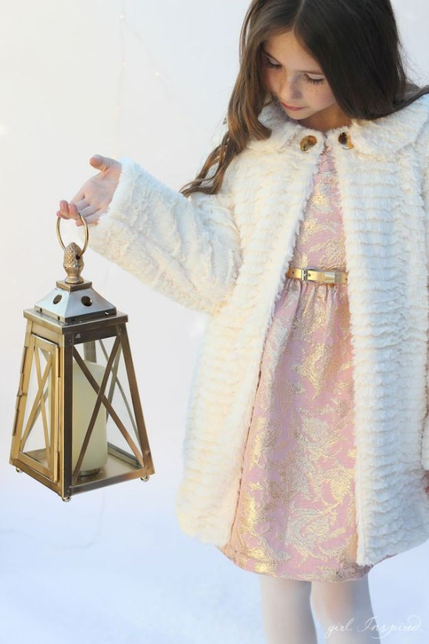 DIY Clothes for Winter - Winter Chill Swing Coat - Cool Fashion Ideas to Make for Cold Weather - Handmade Scarves, Hats, Coats, Gloves and Mittens, Sweaters and Wraps - Easy Sewing Tutorials and No Sew Items - Creative and Quick Homemade Gifts and Christmas Present Ideas