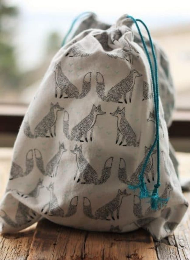 DIY Shopping Bags - Zero Waste Shopping Bags for Produce and Bulk Bins - Easy Drawstring Bag Tutorials - How To Make A Shopping Bag - Use Fabric Scraps, Old Denim Jeans, Upcycled Items - Cute Monogrammed Ideas, Painted Bags and Sewing Tutorials for Beginners http://diyjoy.com/diy-drawstring-bags