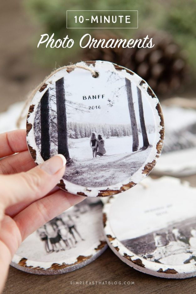 DIY Christmas Gifts - 10 Minute Photo Keepsake Ornaments - Easy Handmade Gift Ideas for Xmas Presents - Cheap Projects to Make for Holiday Gift Giving - Mom, Dad, Boyfriend, Girlfriend, Husband, Wife #diygifts #christmasgifts https://diyjoy.com/diy-christmas-gifts